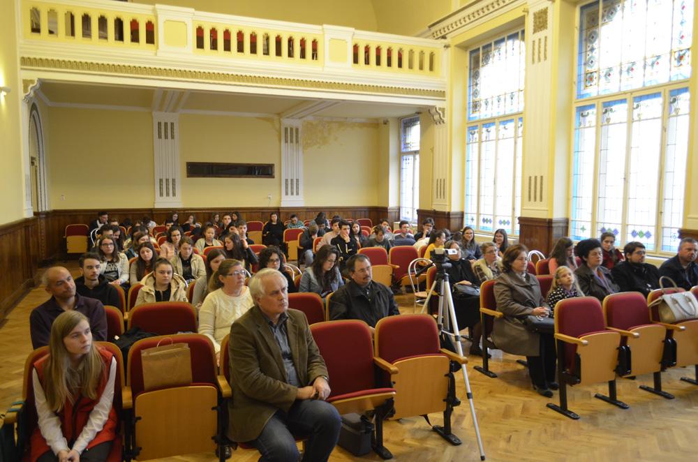 Pr. Pantelimon Susnea la Colegiul Mihai Viteazul din Turda - Tinerii si muzica